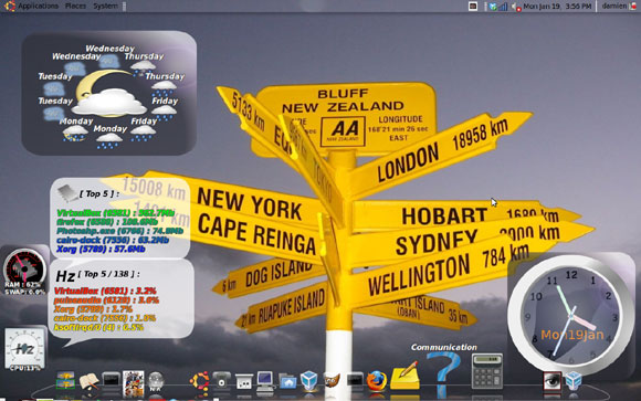 desktop with cairo dock