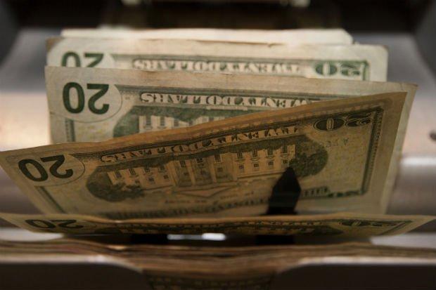 bitcoinquestions-dollars