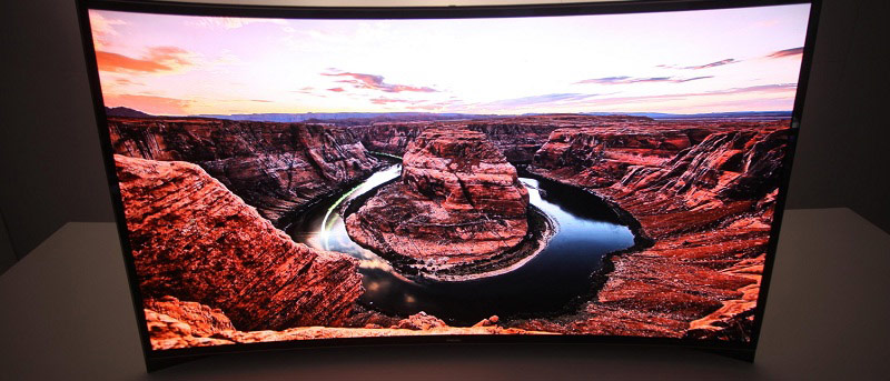 Everything You Need To Know About Curved TVs And Monitors
