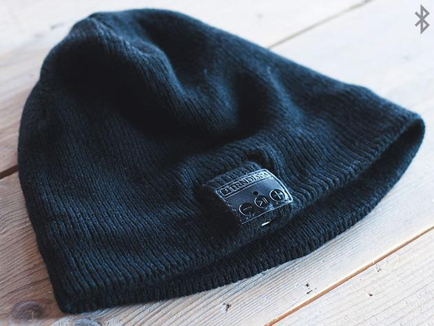 bluetooth-audio-beanie