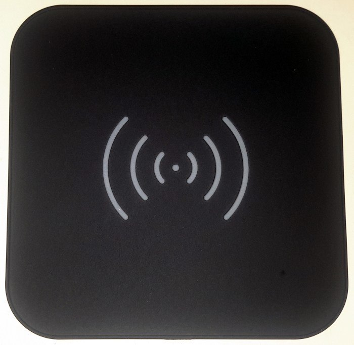choetech-qi-charging-pad-top-view