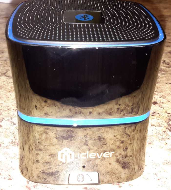 iclever-mini-bt-speaker-front