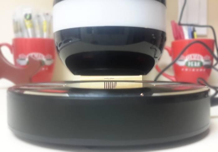 moto-x2-speaker-levitating