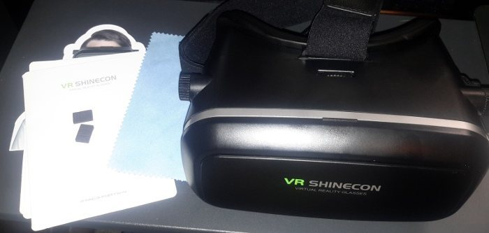 vr-shinecon-headset-box-contents