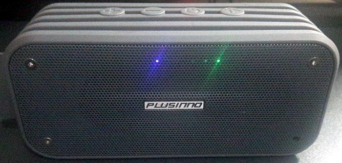 plusinno-bluetooth-speaker-led-indicators-charging