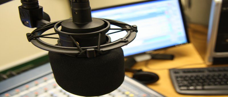 voice-control-microphone-featured
