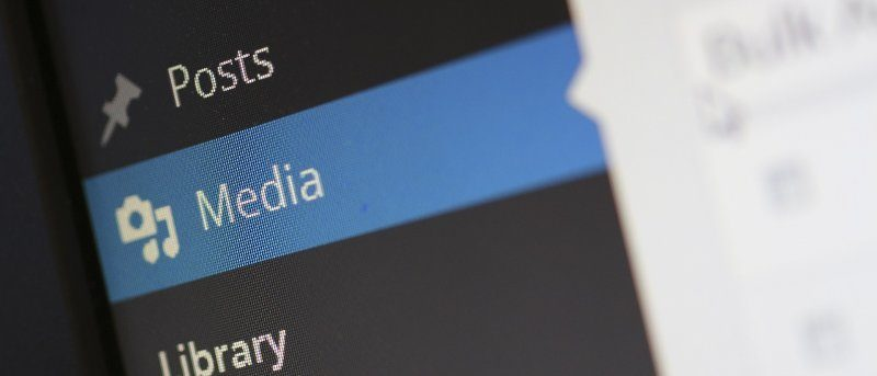 upload-image-wordpress-ipad-featured