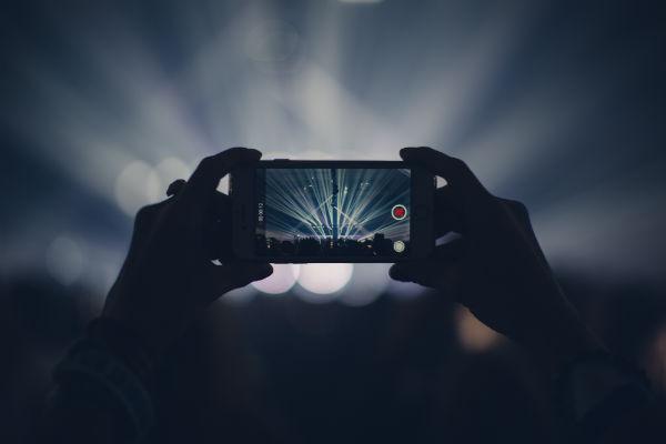 iphone-6-camera-fast-slow-film