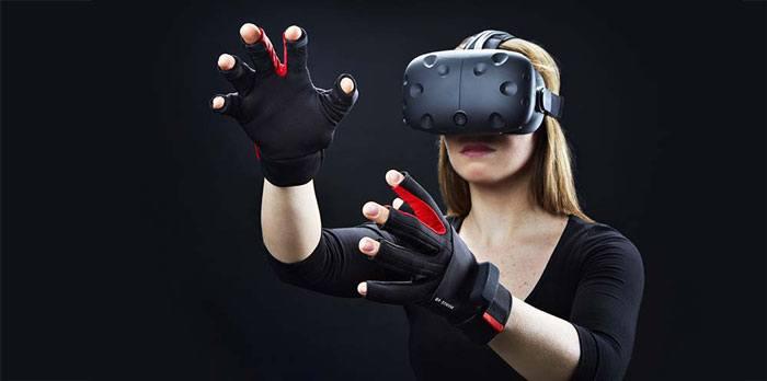 osvr-what-is-it-manus-gloves