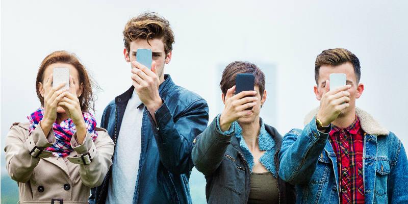 Dating app addiction