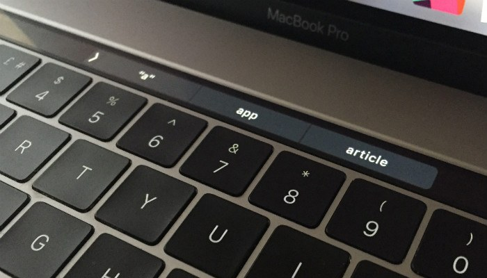macbook-touchbar-autosuggestions