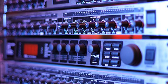 audio-compression-rackmount