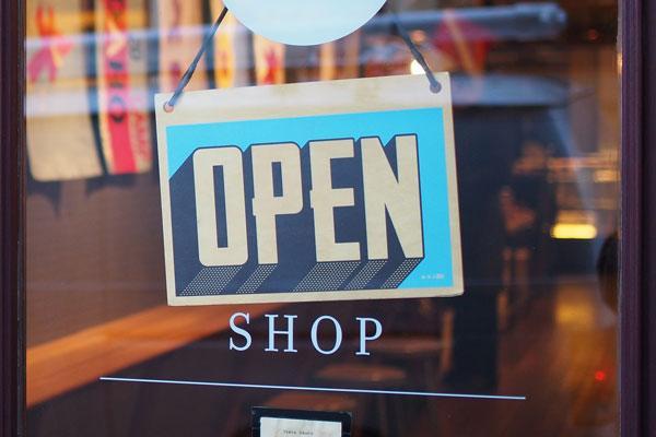 save-money-on-tech-big-box-store