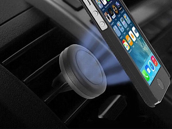 private-internet-access-vpn-car-mount