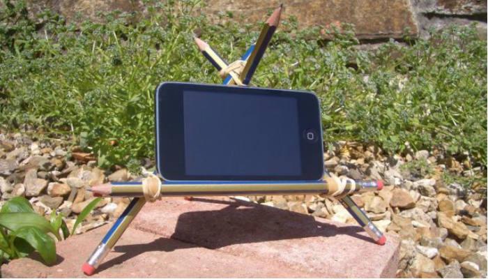 diy-phone-stand-pencil