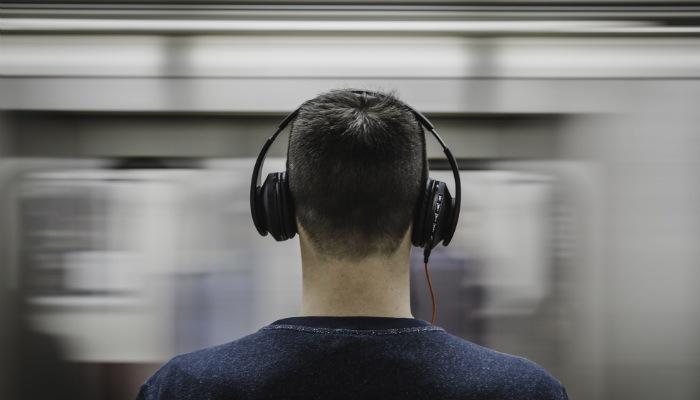 vinyl-mp3-headphones