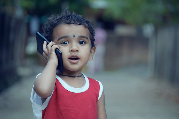 smart-toy-01-child-phone