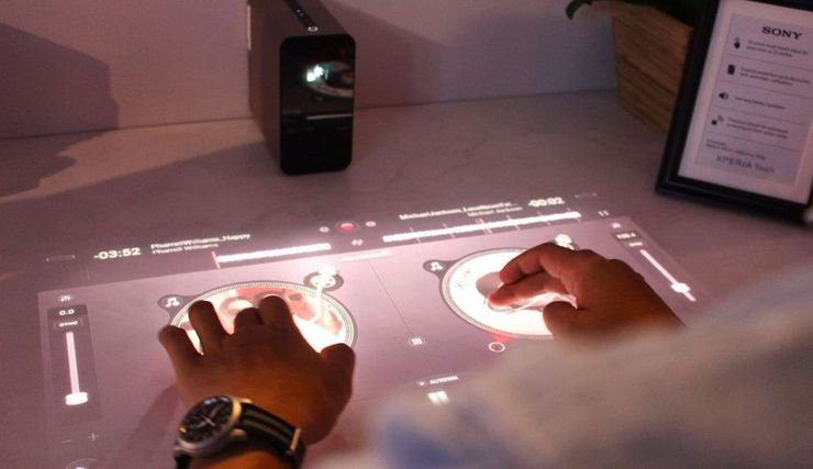 xperia-touch-djing