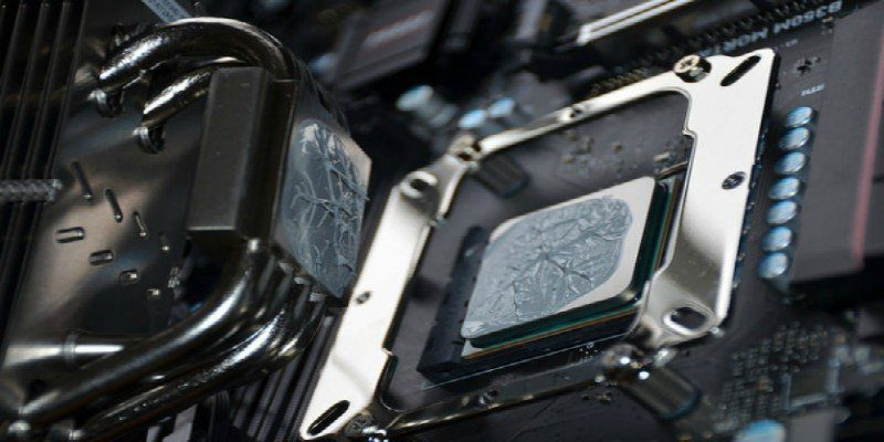 How to Properly Apply Thermal Paste to a CPU - Make Tech Easier