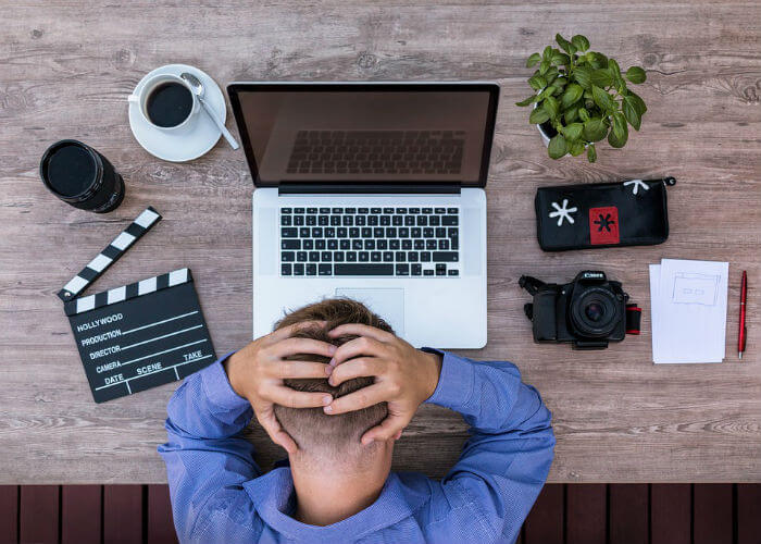 dangers-of-using-pirated-software-stops-working