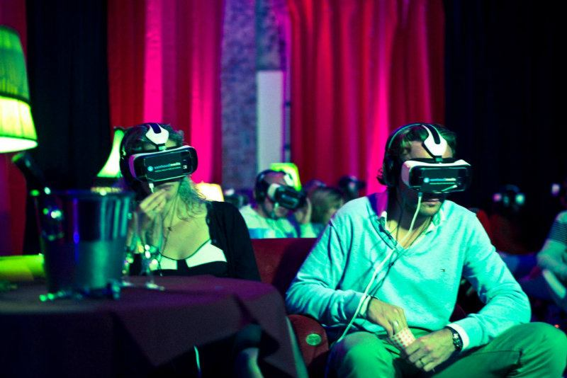 virtual-reality-headset-uses-performance