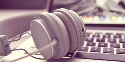 Enhance Your Music-Listening Experience with These 7 Firefox Add-ons