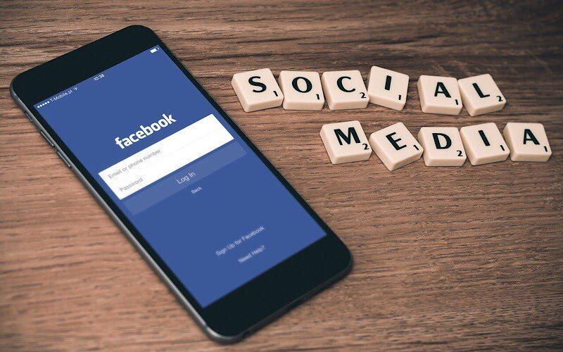news-facebook-usage-social-media