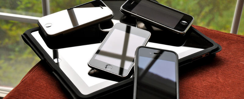 smartphonesales-pile