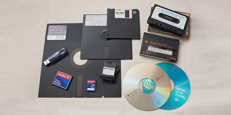 The Difference Between a Drive, Disk, Volume, Partition, and Image