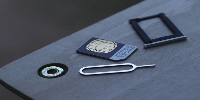 How to Fix the No SIM Card Detected Error on Android - Make
