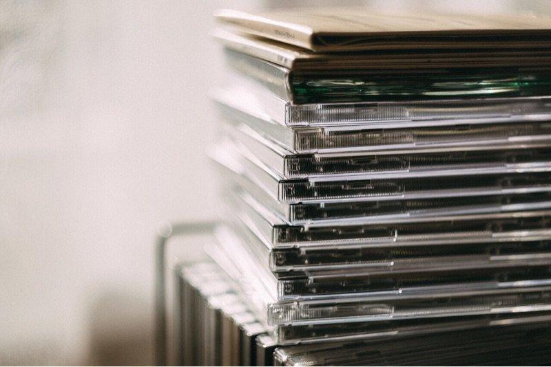news-prison-windows-disks-stack