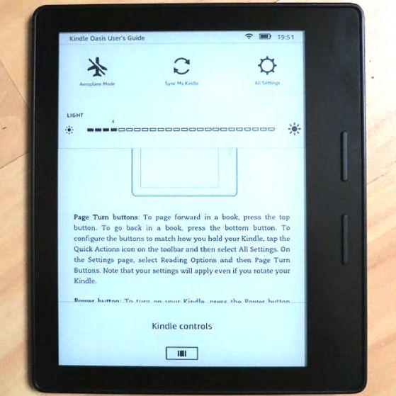 Kindle vs  Kindle Paperwhite vs  Kindle Voyage - Make Tech