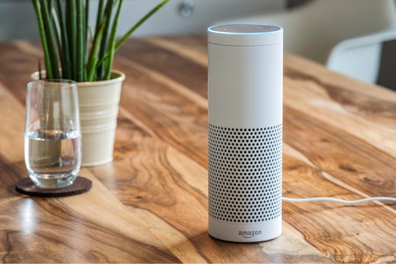 news-amazon-echo-tabletop
