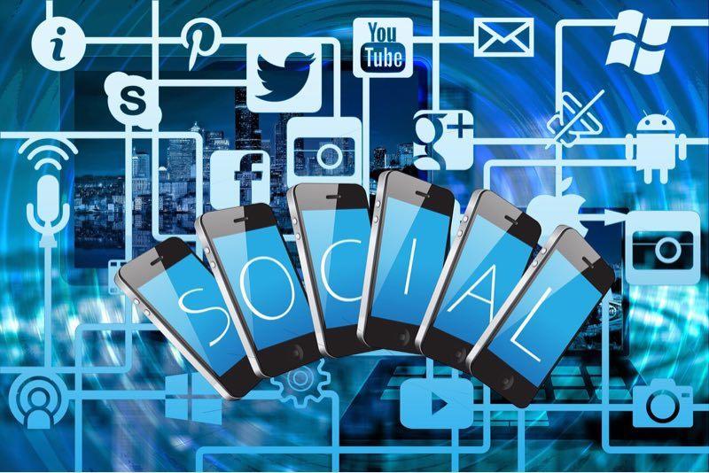 news-social-media-addiction-blue