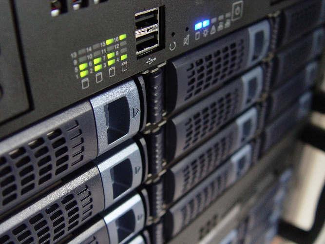 webhosting-01-server