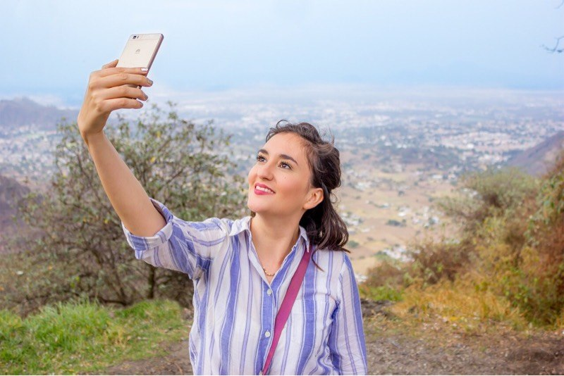 news-huawei-commercial-selfie