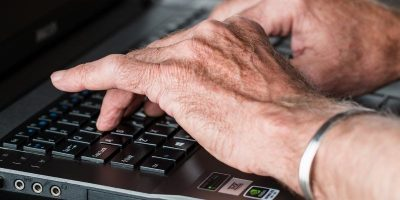 How to Set Up a Windows Computer for Senior Citizens