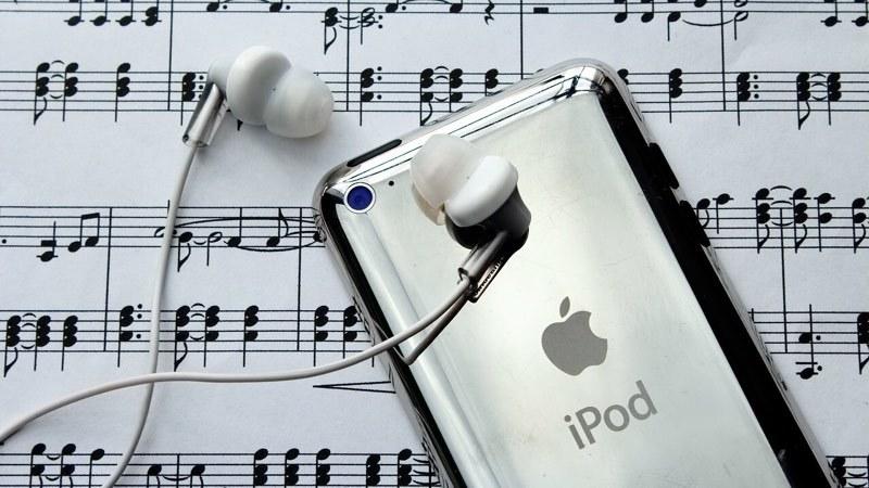 news-apple-smart-glasses-ipod