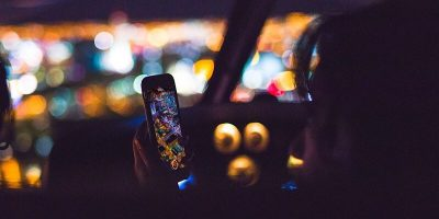 Is It a Good Idea to Auto-Disable Your Phone While You Drive?