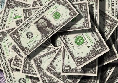 gift-scam-money