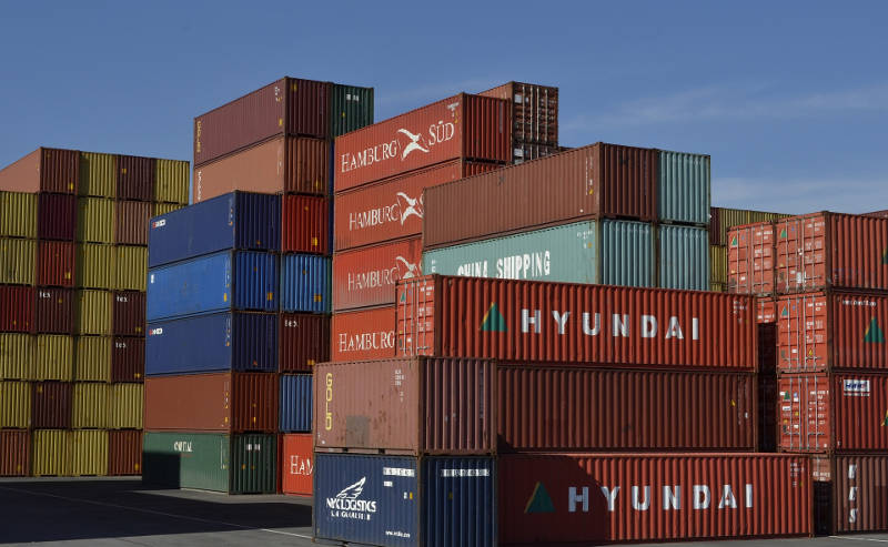 docker-shipping-containers