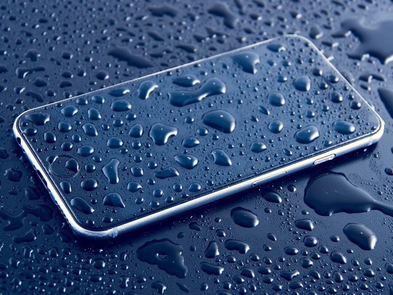 writers-opinion-buy-tech-2019-phone