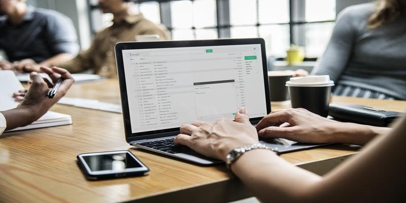 5 лучших поставщиков отправки транзакционных электронных писем