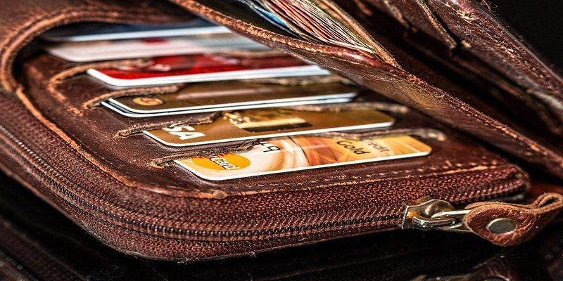 Rfid Blocking Wallet Featured