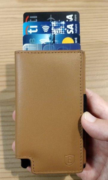 Ekster Wallet Quick Access