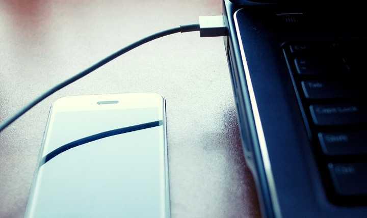 الوصول إلى أجهزة اتصال الهاتف المكسور