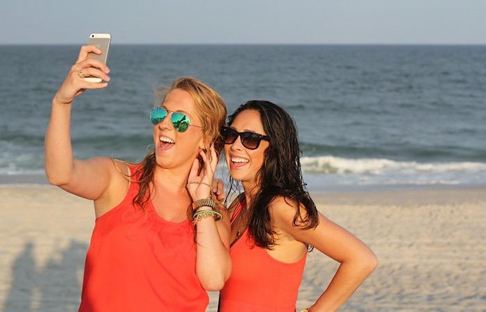 News Selfie Wrist Beach