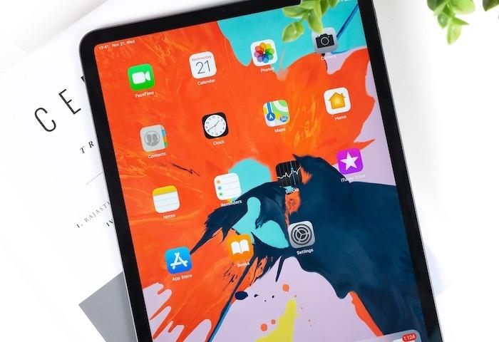 Choose Ipad Macbook Ipad Pro Table