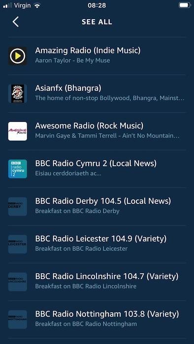आप अमेज़ॅन एलेक्सा मोबाइल ऐप का उपयोग करके सभी नजदीकी रेडियो स्टेशनों को ब्राउज़ कर सकते हैं।