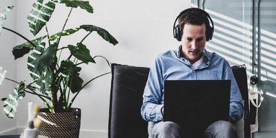Deal Bose 700 Headphones Featured